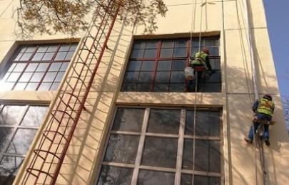 无锡滨湖开荒保洁电话,玻璃幕墙清洗